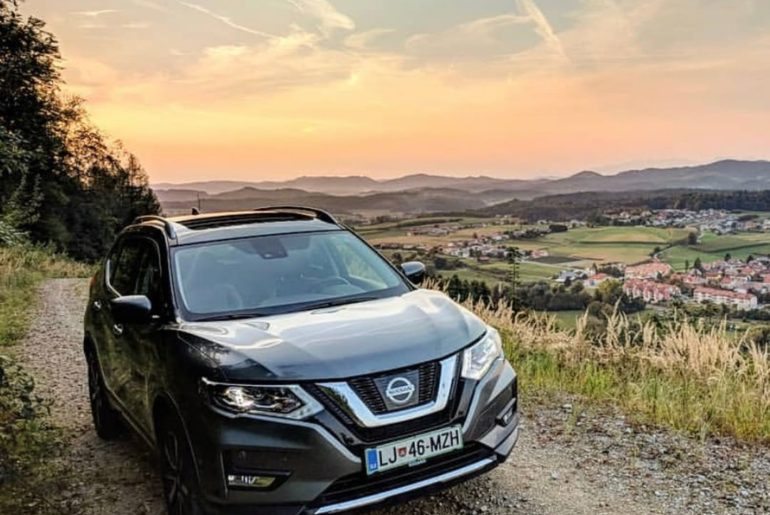 Taking on the day, while taking in the view. #Nissan #XTrail #NissanXTrail : @av...