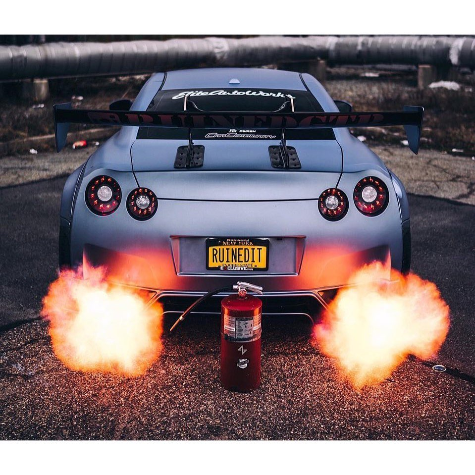 Fire extinguisher may be advised  Photo @zuumy . . . . Follow the Crew:  @Nissan...