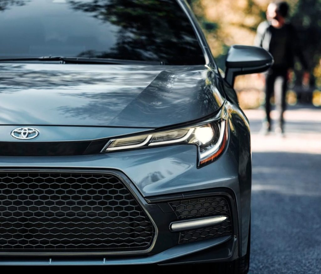 Highlighted by its honeycomb mesh grille, the all-new 2020 #Corolla stands out f...