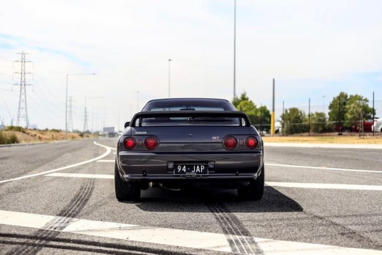 Follow the tire marks.  #SkylineSunday #NissanSkyline &: @ben.lechucki...