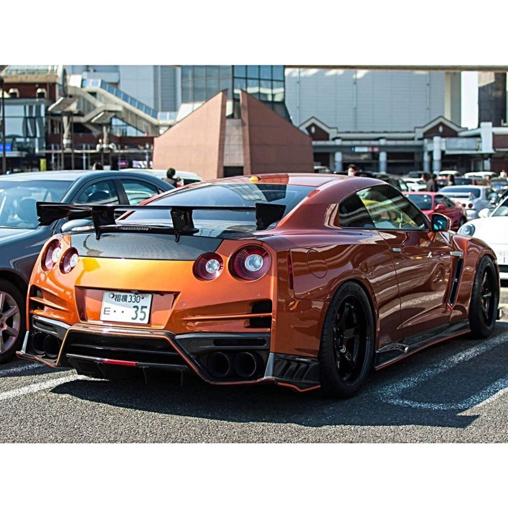Stand out Zilla  Photo  @autoculturej . . . . Follow the Crew:  @Nissan_GTR_Love...