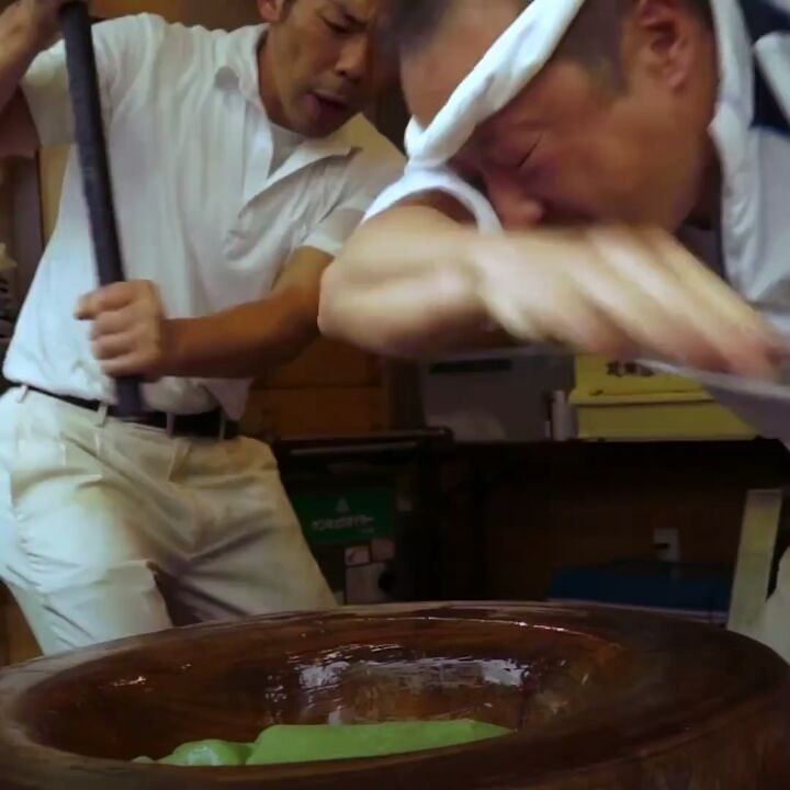 Looking for a career change? How about becoming a mochi pounder?  This rather u...