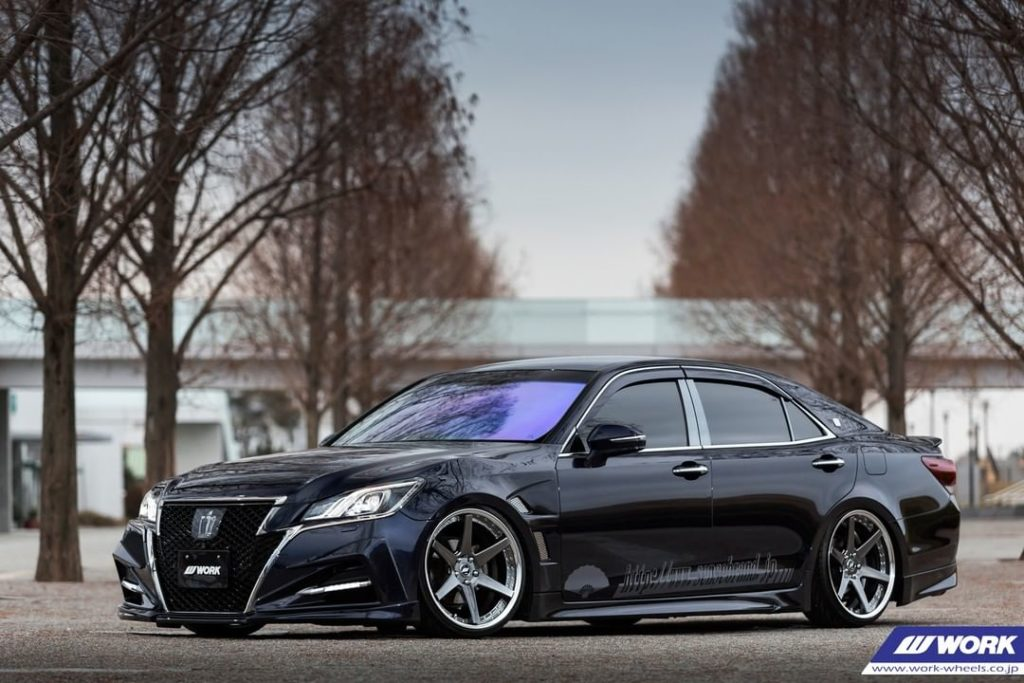 @sensebrand_ Toyota Crown on NEW WORK Zeast BST1 #artofwheel #zeastbst1...