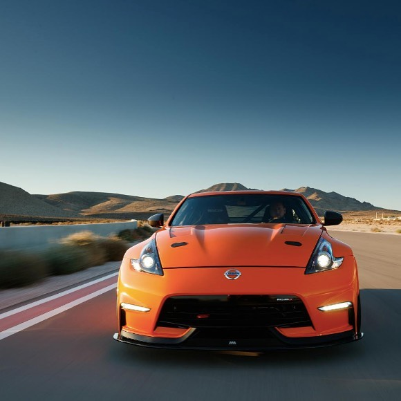 Stay on track this #TueZday. #Nissan #370Z #Zociety...
