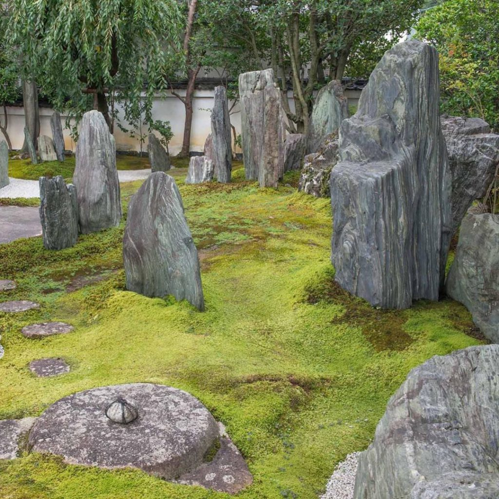 Japanese landscape designers have long excelled at managed miniaturization and r...