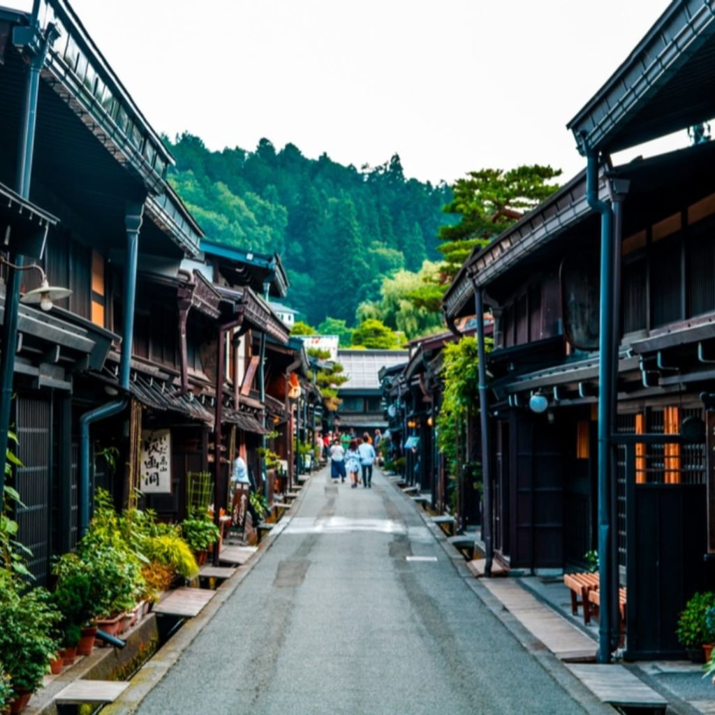 What is your favorite city in Japan?  Follow @visitjapanjp for your daily dose o...