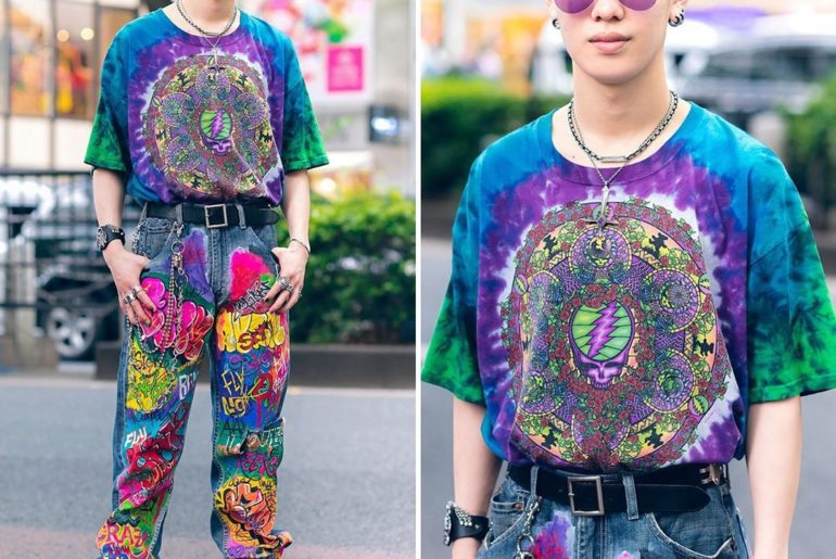 20-year-old Japanese student Achiha (@kuso_murasaki) on the street in Harajuku w...