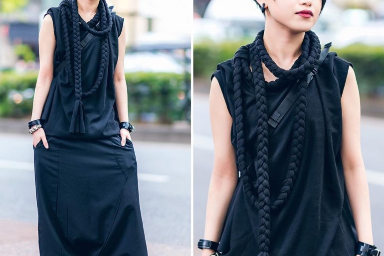 Muon wearing a monochrome style on the street in Harajuku with a rope tassel top...