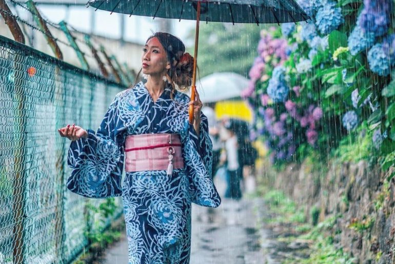 Photographer @_taka23_ shows us that just because it's rainy doesn't mean you ca...