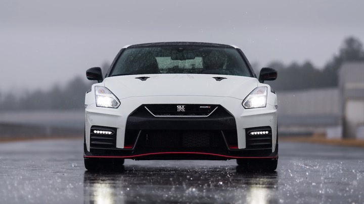 """Pursuing driving pleasure is the most important concept behind the GT-R, and th..."