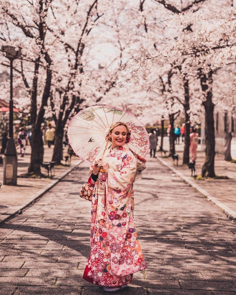 Kimono are truly pieces of wearable art. Did you know it can take over a year to...