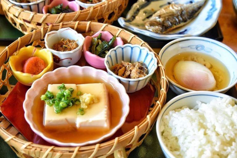 Hungry? You will be after seeing this amazing traditional Japanese breakfast @la...