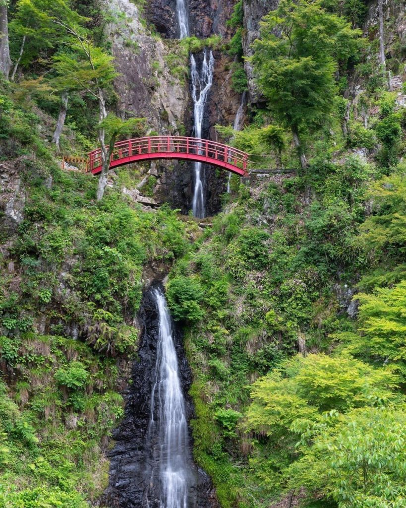 When hiking in Japan you never know what gems you might discover, like the gorge...