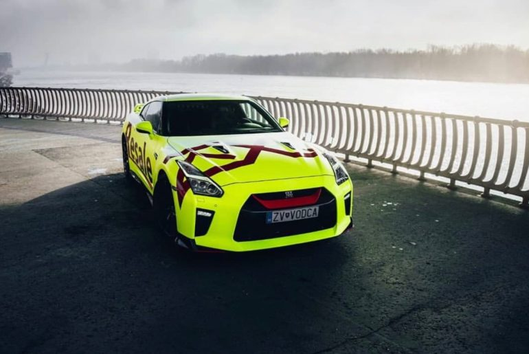 If you're going to go bold, go bold. #FridayFeeling #NissanGTR #R35 #GTR : @slov...