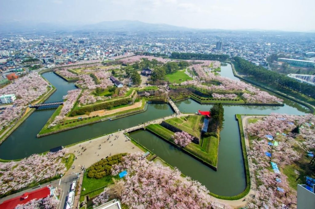 Hakodate's dramatic star-shaped Goryokaku Fort is particularly gorgeous in sprin...