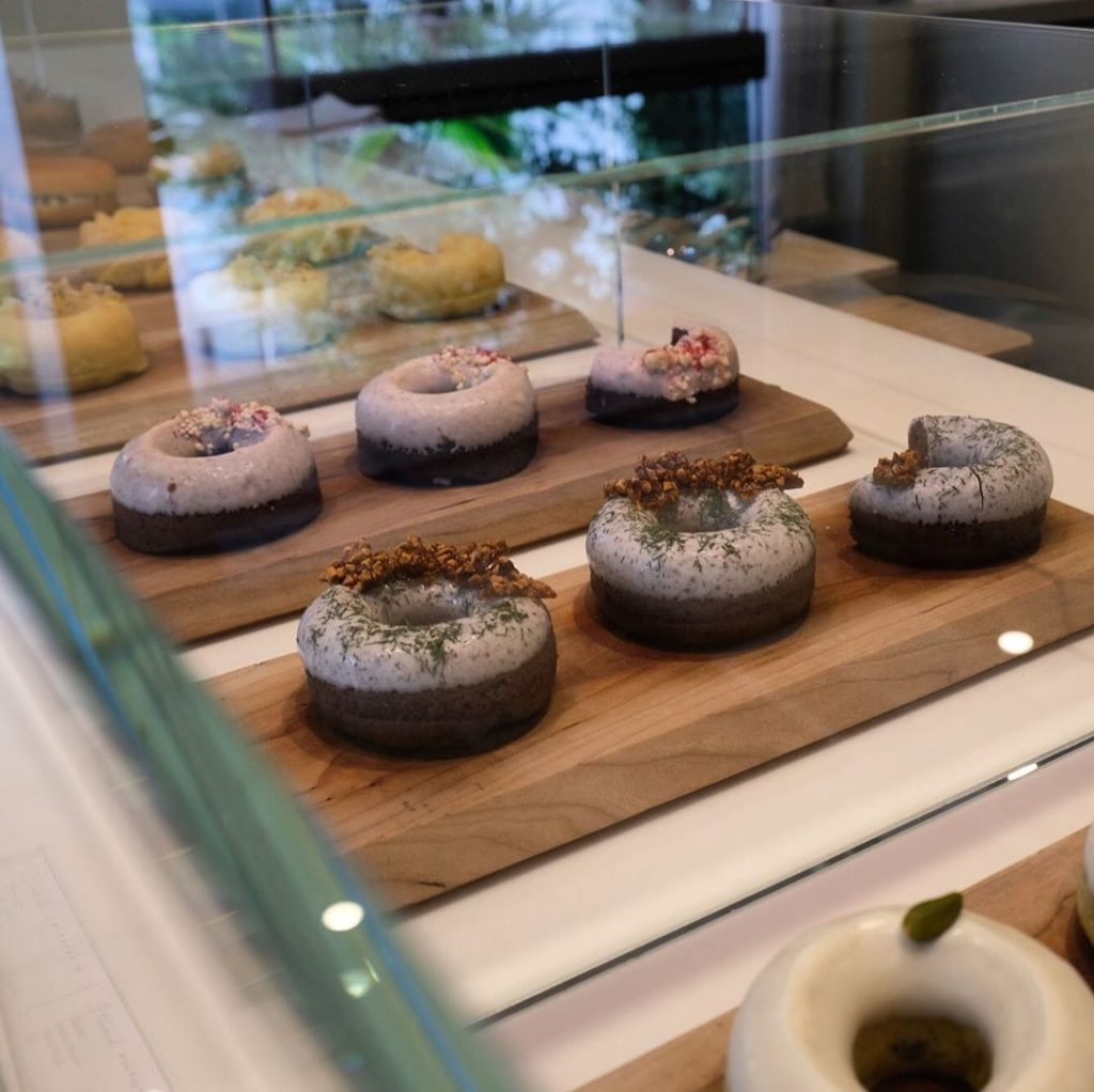 Doughnuts are one of the trickier sweets to get a handle on in Japan. While chai...