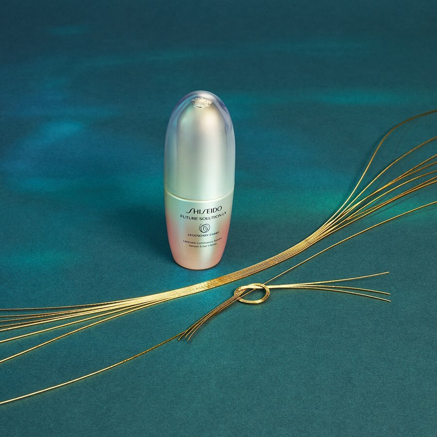 New Legendary Enmei Ultimate Luminance Serum. The shape of the outer package is ...