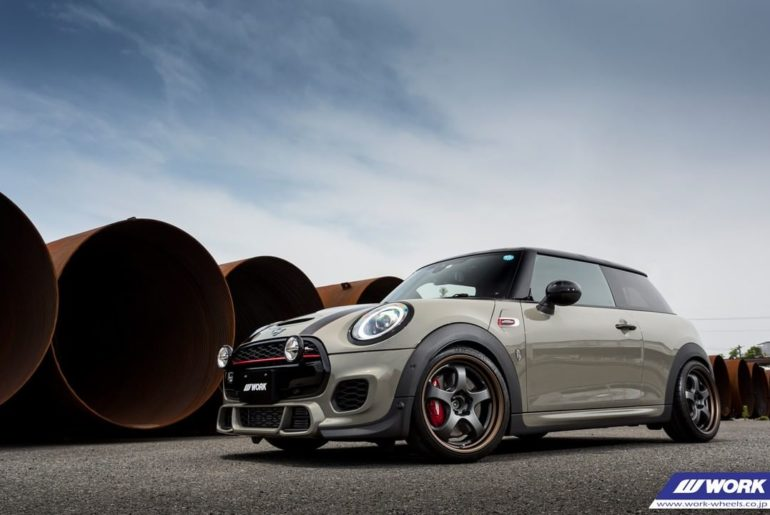 @craftsman93 Mini JCW on WORK Meister S1R #artofwheel #meister #s1r...