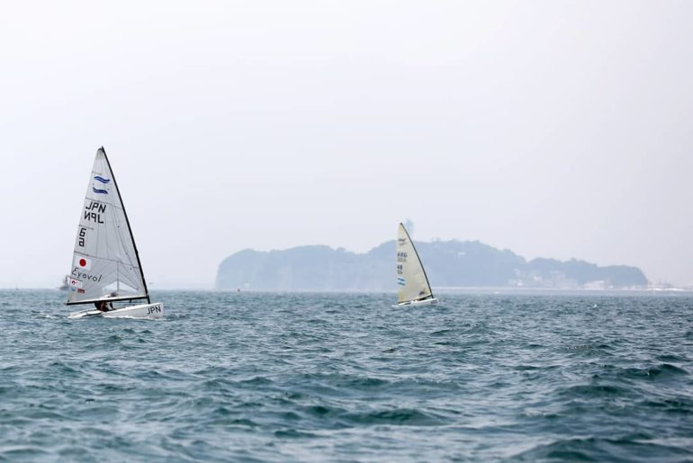 Sailors from around the world  took to the waters of Enoshima for yet another #R...