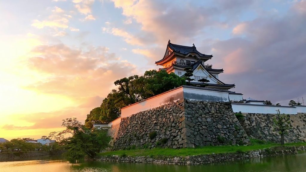 Kishiwada Castle Evening and Sunset Views - Japan Sightseeing