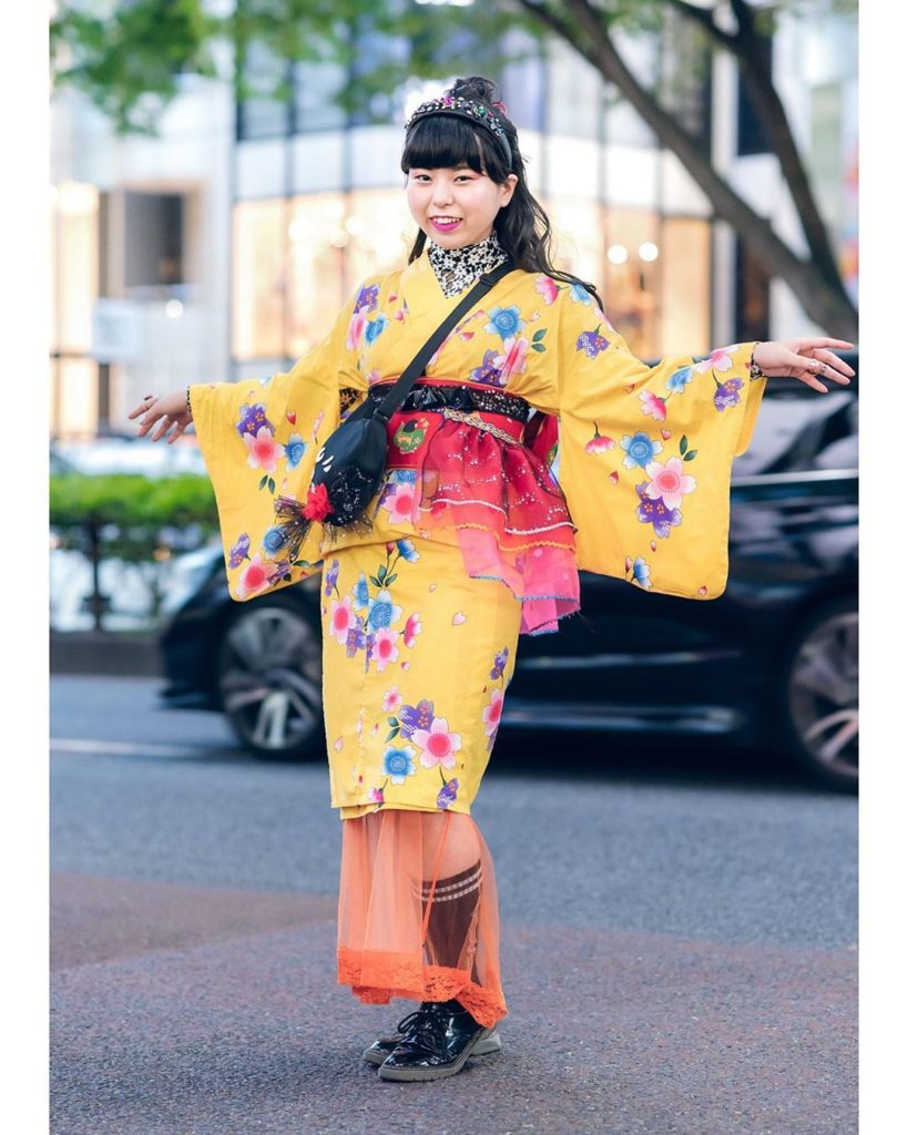 19-year-old Japanese fashion student Lisa (@drawing_risa) on the street in Haraj...