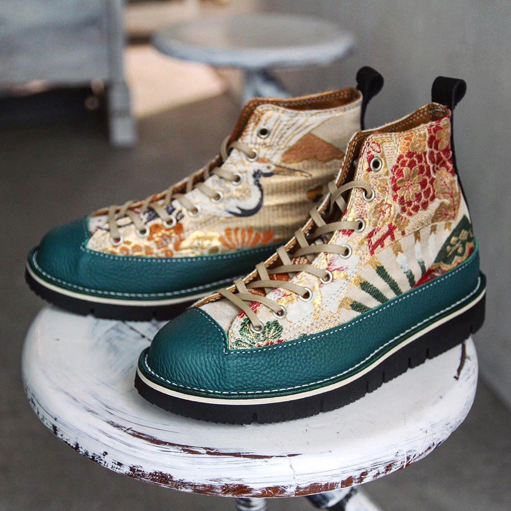 What do you think of these beautiful boots made in Tokyo by recycling vintage Ja...