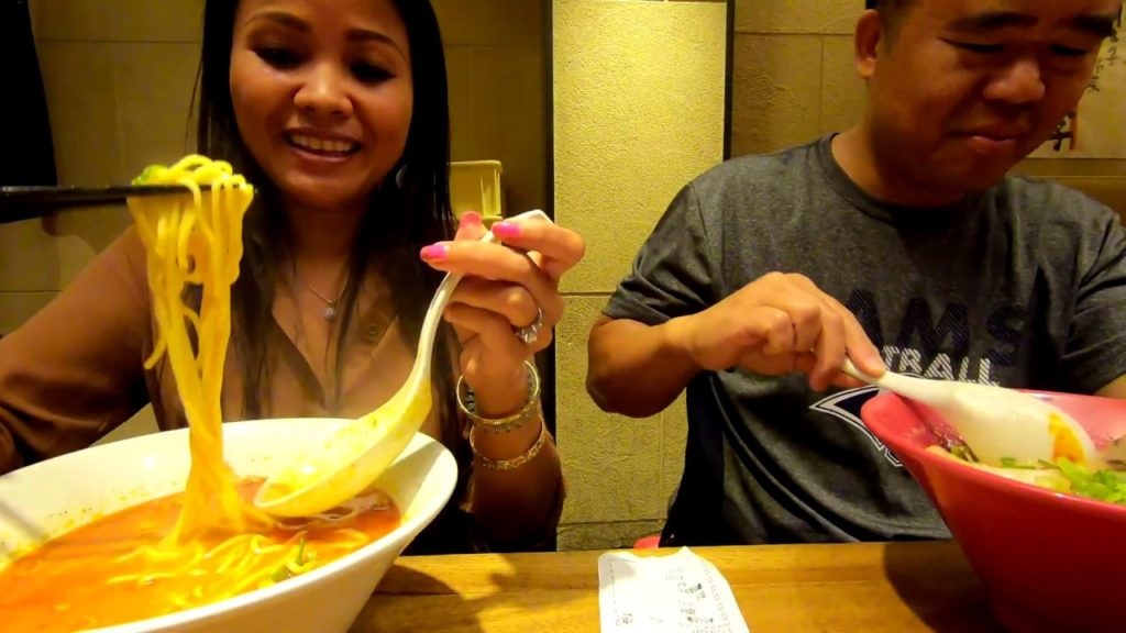 Spicy Ramen Noodle And Starbuck Japan   Taiwan-Japan Vlog 37