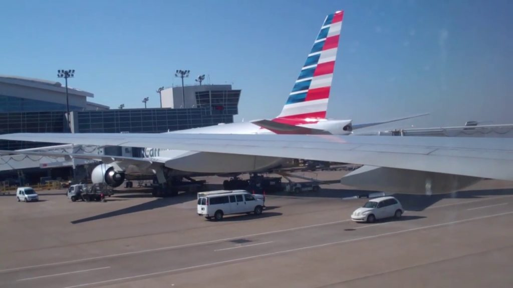American Airlines (777-200 / DFW to NRT) / Japan Trip (October 2014) Part 01