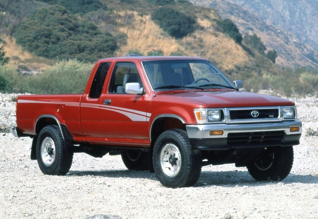 Ruling backroads for decades. #TBT #Tacoma #1995 #LetsGoPlaces...