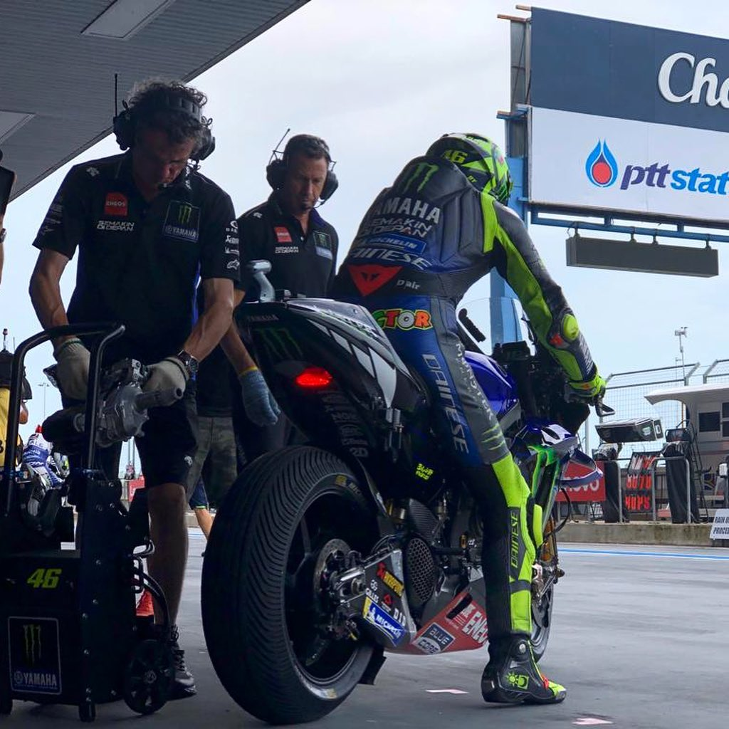 @valeyellow46 and @maverick12official had to wait for a bit, but FP3 is now on. ...