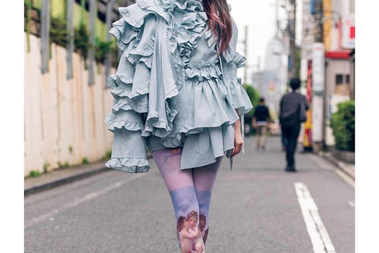 Street snaps taken outside of the Tokyo Fashion Week shows by Jenny Fax (@jennyf...