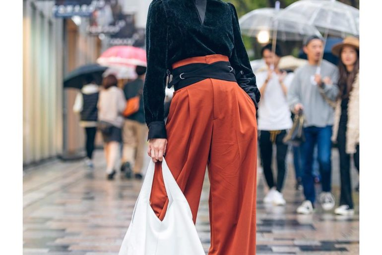 Street snaps from the first day of Tokyo Fashion Week are now up on @Vogue USA!!...