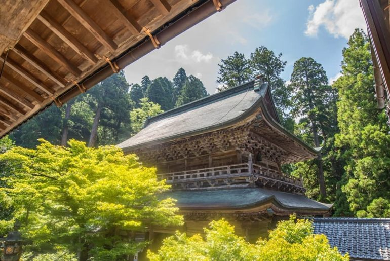 Eihei-ji Temple, located deep within the mountains of Fukui Prefecture in Japan'...