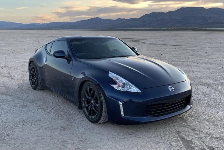 Drawing our line in the sand. #Nissan370Z #Nissan #370Z & @ratedz_...