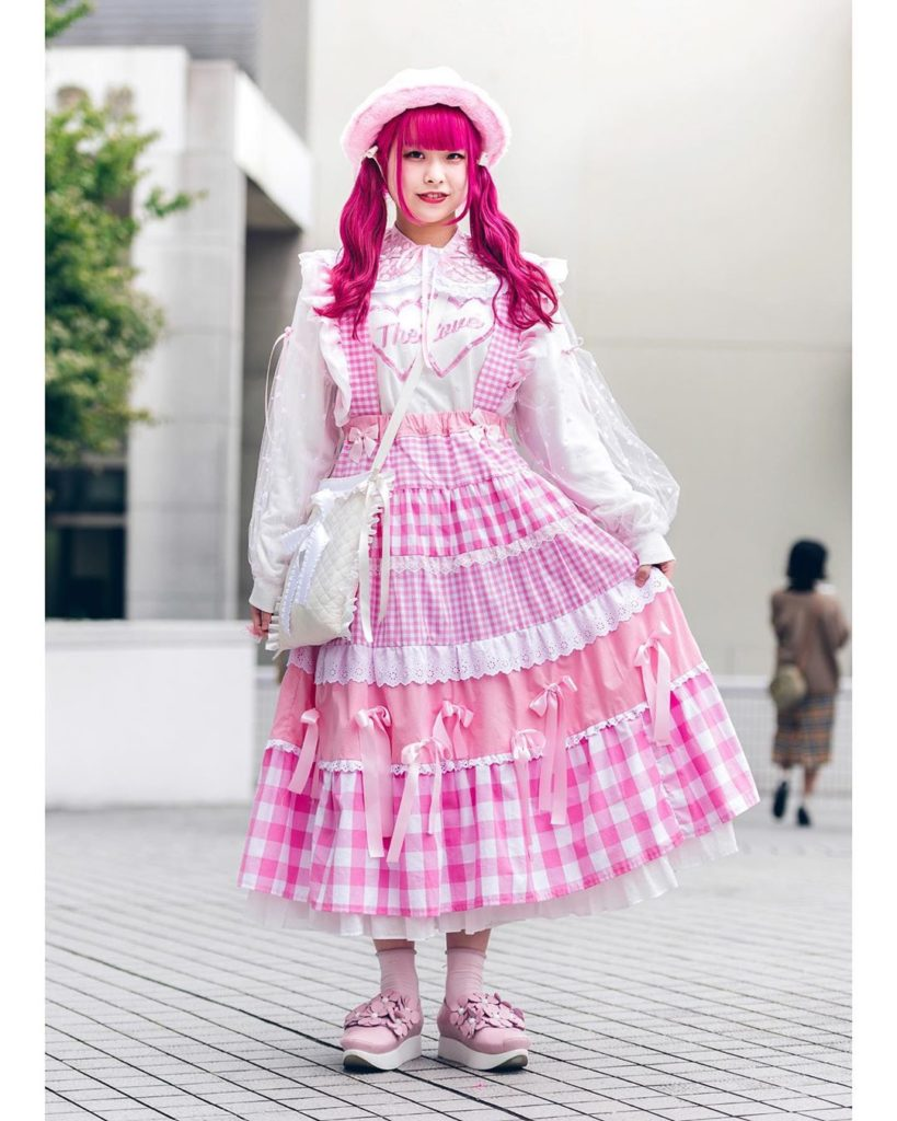 19-year-old Japanese student Rio (@rio_cherry_) wearing a cute pink street style...