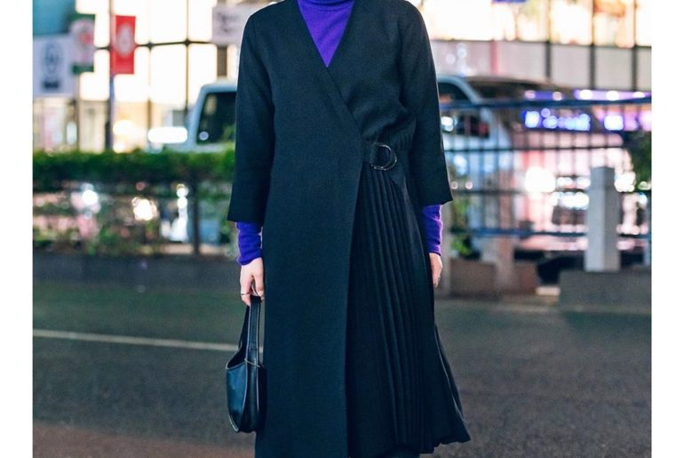 Misaki (@vita.d0lce) wearing a minimalist style on the street in Harajuku with a...