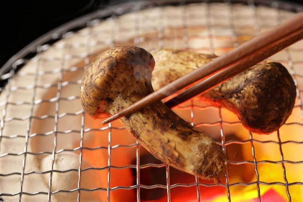Autumn is known as the season of hearty eating in Japan, and people here make it...