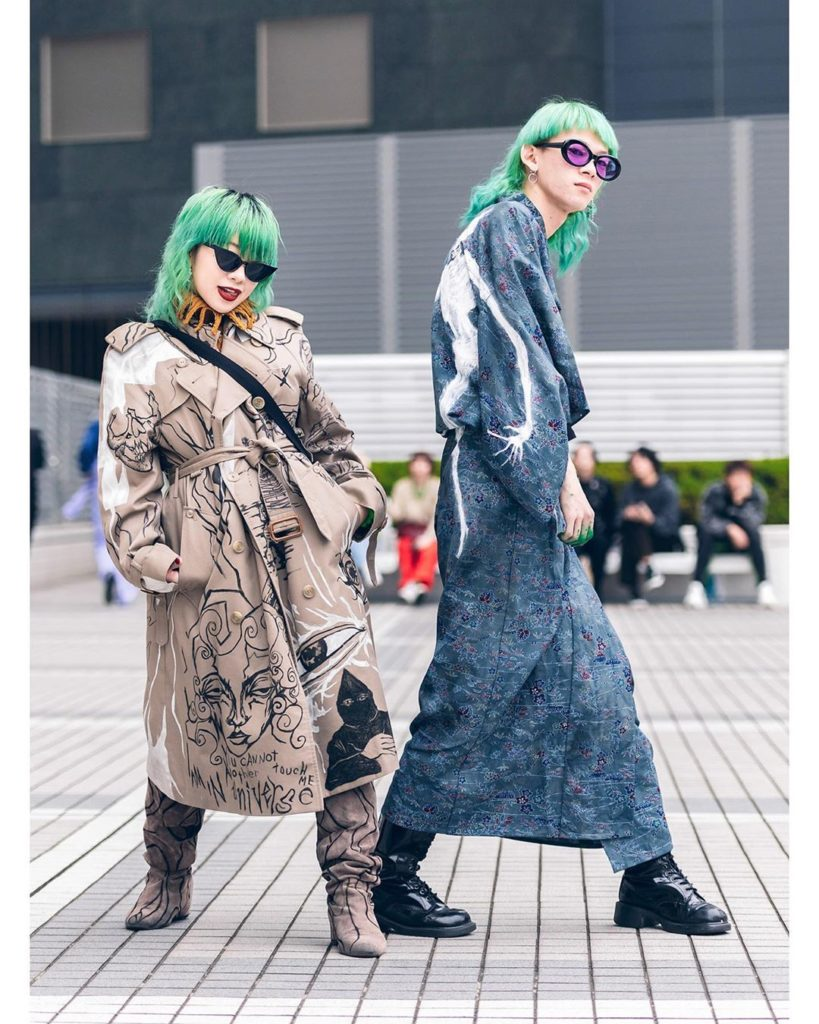 Riona (@riogacha) and Riku (@mind_infection) - both 19 - on the street in Tokyo ...