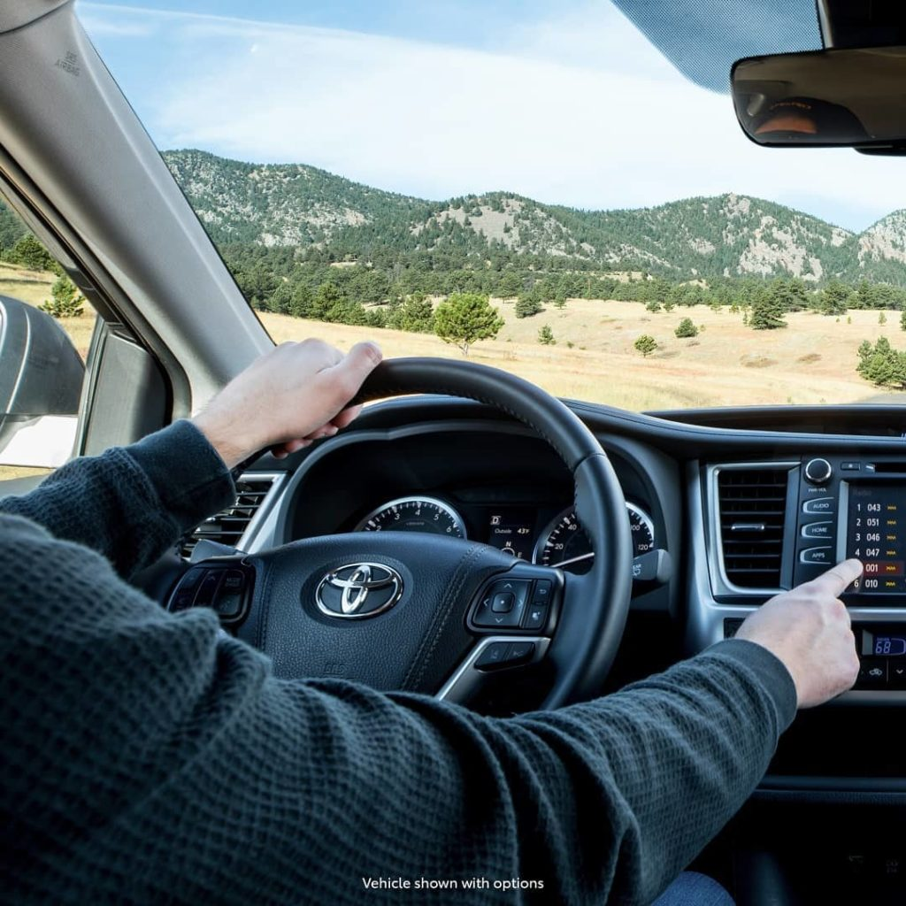 We can't tell what's more crisp: the air or that interior? #Highlander #LetsGoPl...