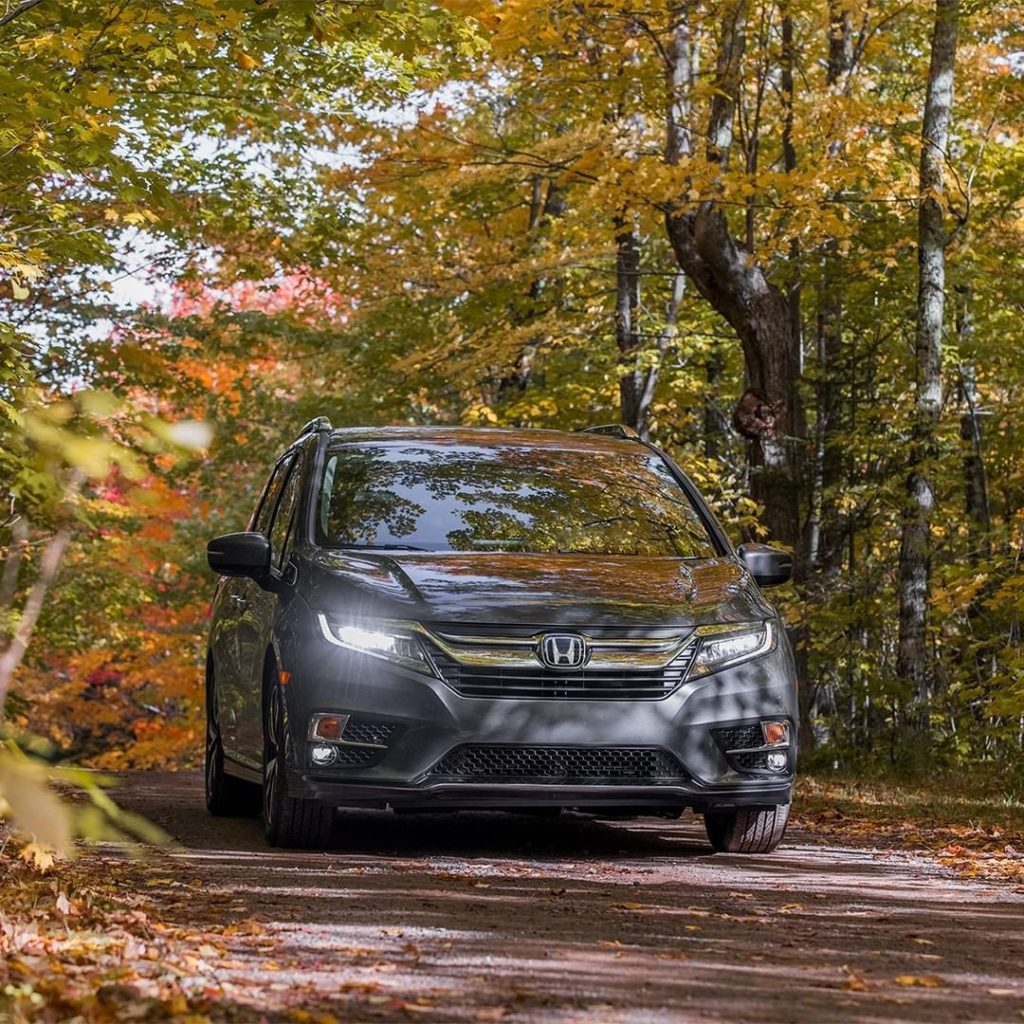 Enjoy autumn's beauty from the comfort of the spacious #HondaOdyssey....