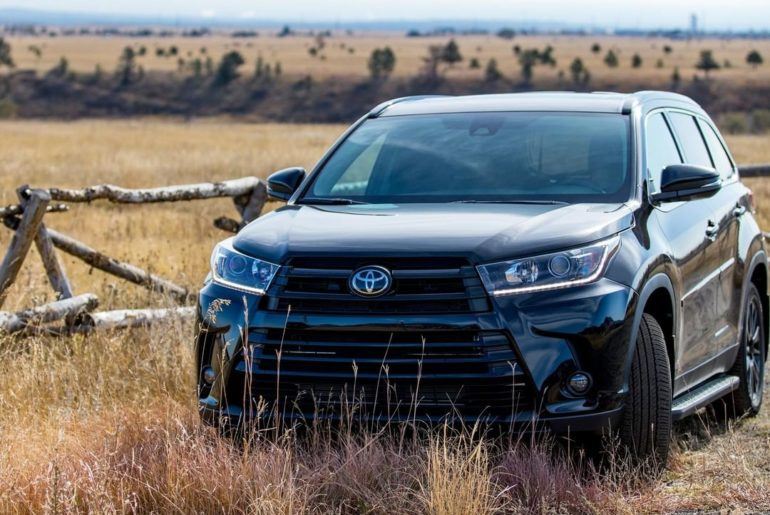 While the seasons may be changing, #Highlander's reliability isn't. #LetsGoPlace...