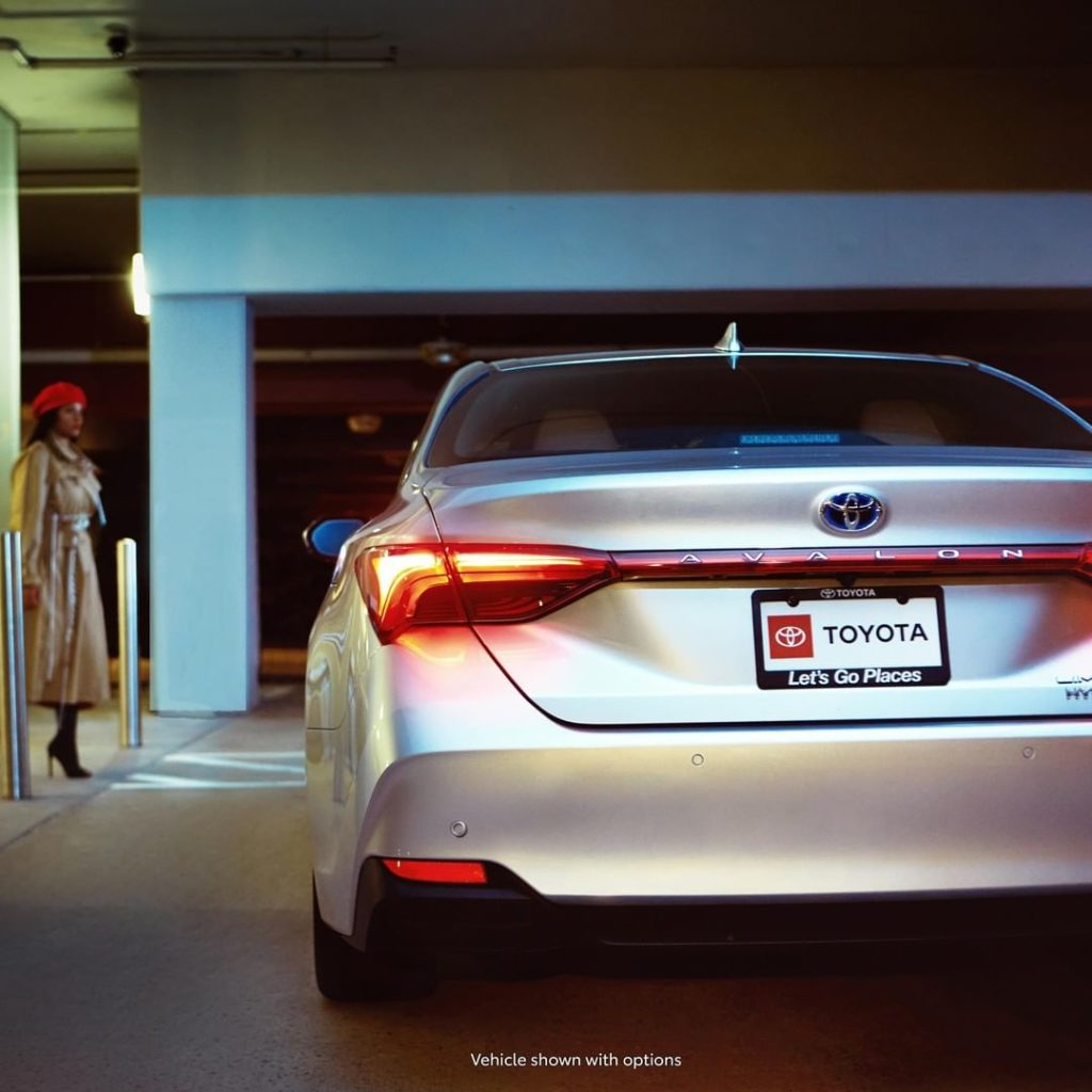 The amplified look of #Avalon #Hybrid will not go unnoticed. #LetsGoPlaces...